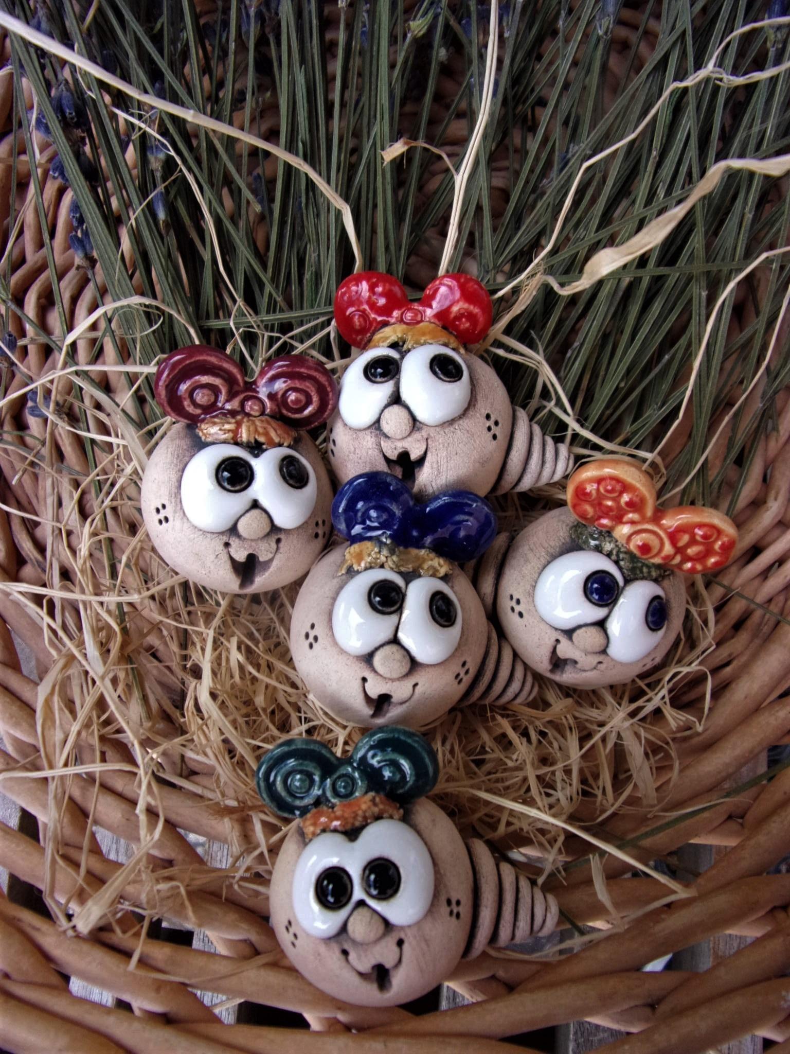 Keramický červotoč - modelovaná keramika